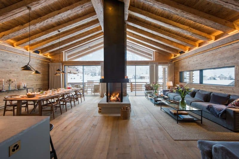 Chalet_McKinley_living_room_3